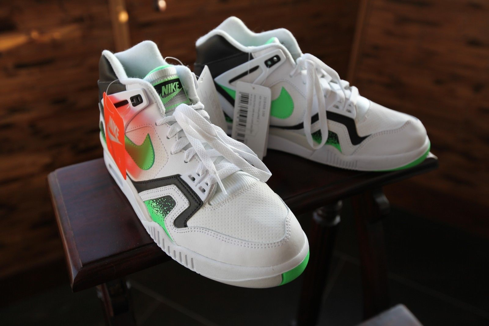 nike-air-tech-challenge-ii-poison-green_03