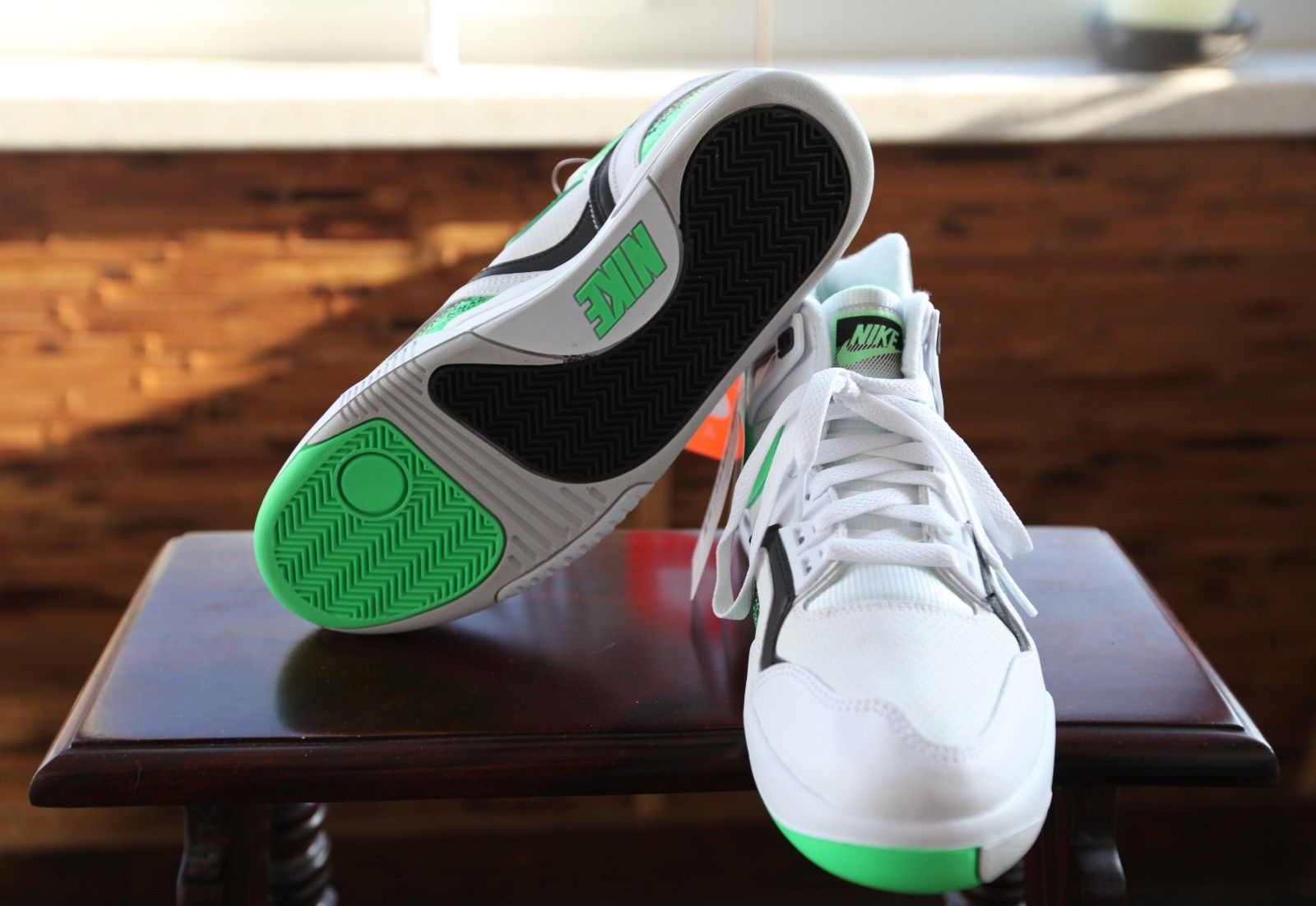 nike-air-tech-challenge-ii-poison-green_04