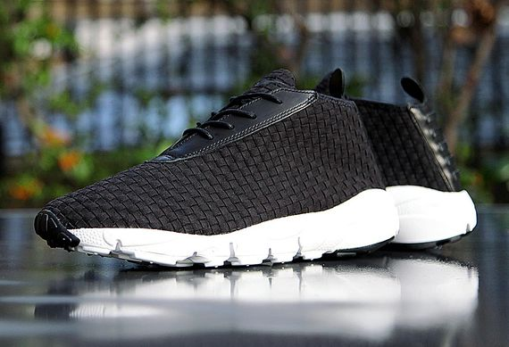nike-footscape desrt chukka-black-white_08