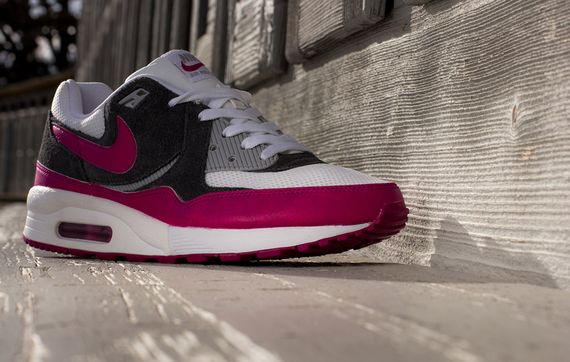 nike wmns-air max light-magenta_03