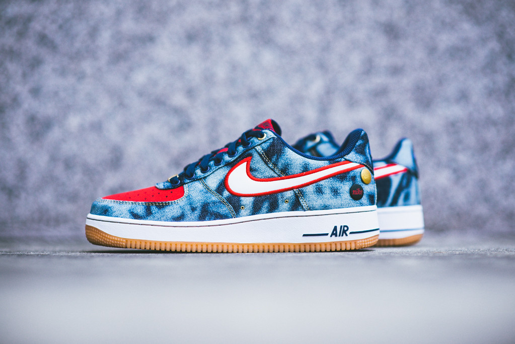 Nike_Air_Force_1_Denim_Acid_Wash_Sneaker_POlitics_2_1024x1024