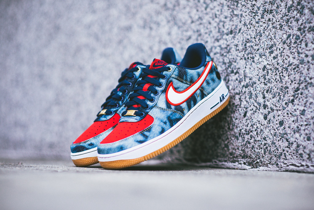 Nike_Air_Force_1_Denim_Acid_Wash_Sneaker_POlitics_5_1024x1024