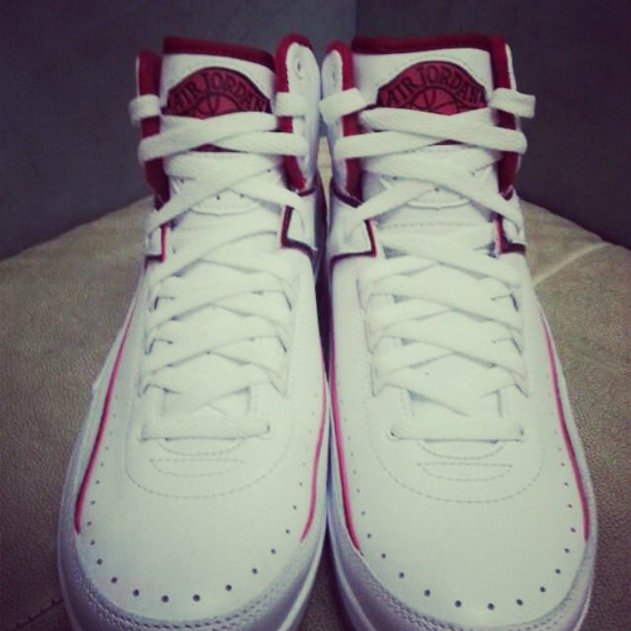 air-jordan-2-white-red-2