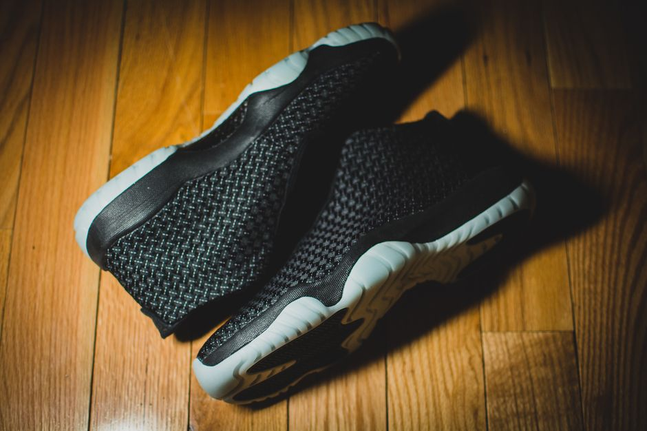 air-jordan-future-glow-in-the-dark-gitd-modern-notoriety2