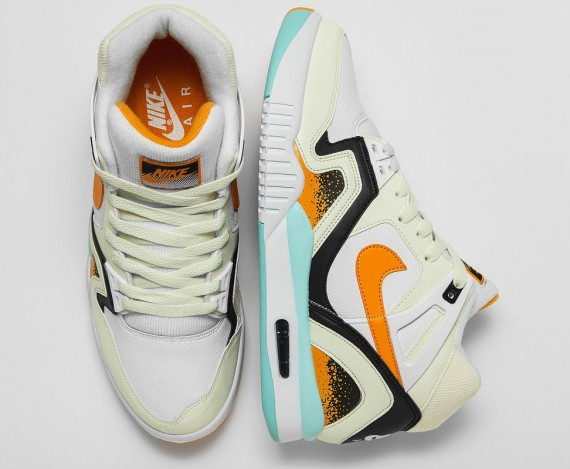 kumquat-nike-air-tech-challenge-ii-01-570x469