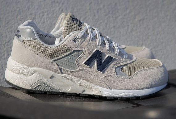 new balance-580-light grey_02