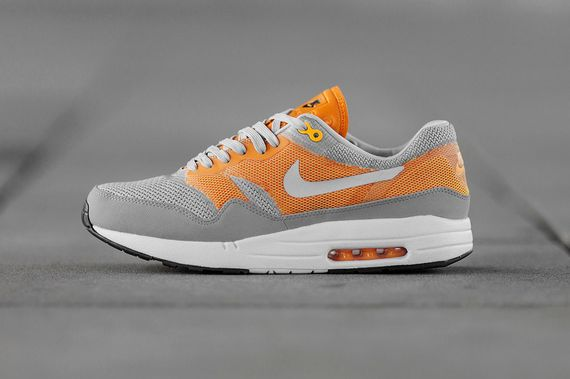 nike-air max1 c2.0-kumquat