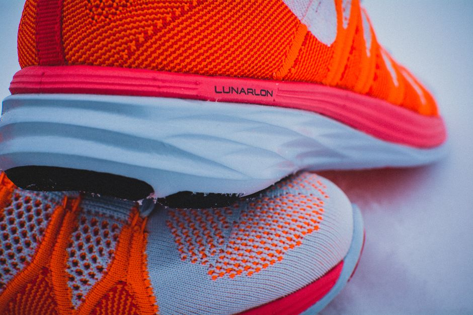 nike-lunar-flyknit-2-finishline-atomic-orange_17