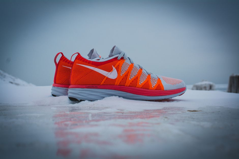 nike-lunar-flyknit-2-finishline-atomic-orange_20