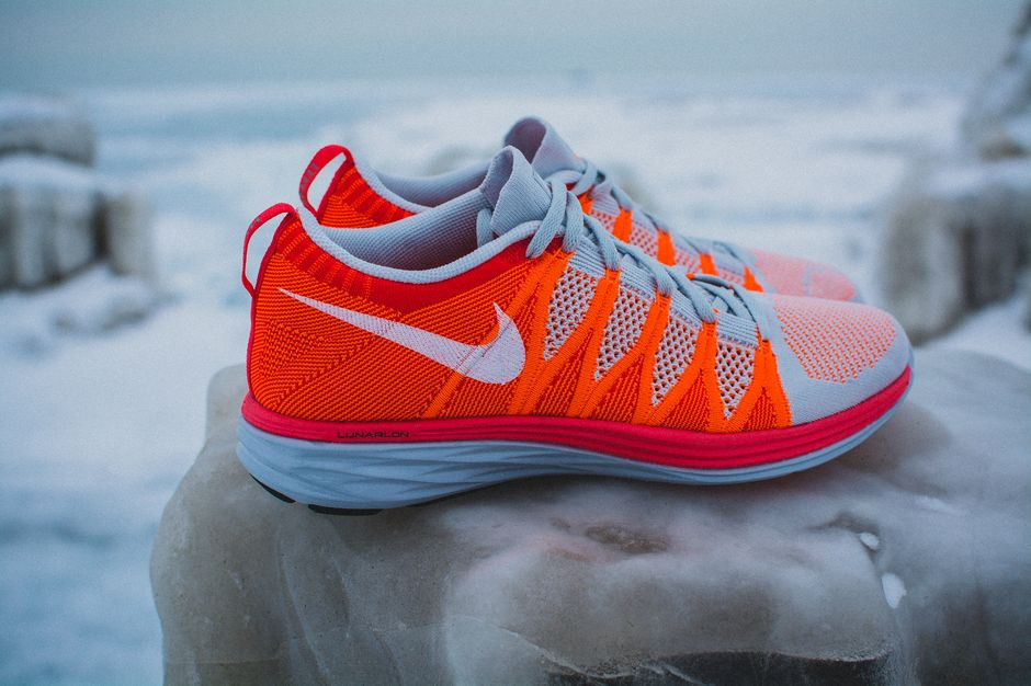 nike-lunar-flyknit-2-finishline-atomic-orange_5