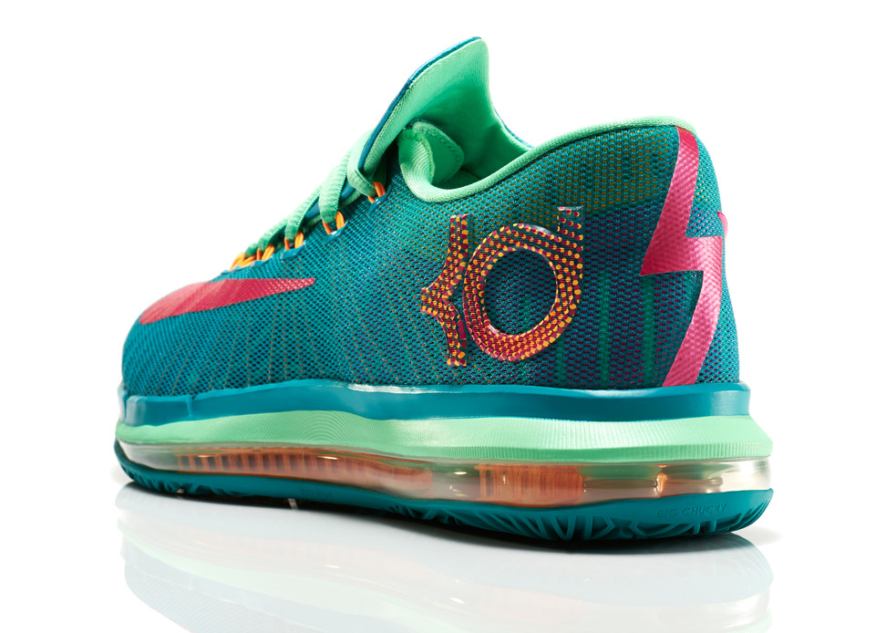 KDVI_Elite_Unleashed_300_3qtr_back_low_0225_FB_detail