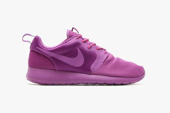 nike-roshe run-monochromatic pack_05