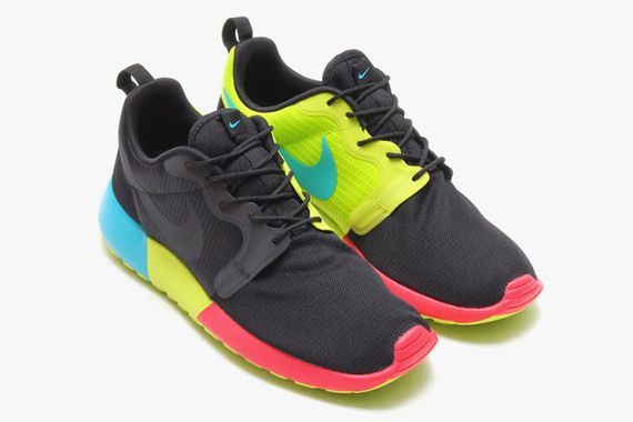 nike-roshe run-monochromatic pack_08