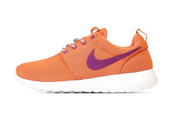 nike wmns-roshe-turf orange_03
