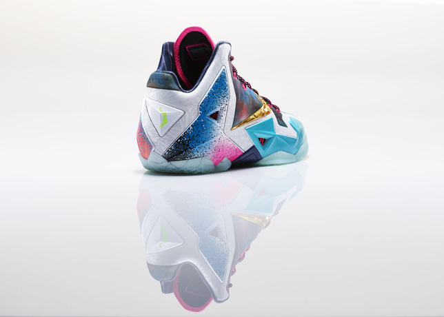 Lebron_XI_What_The_Right_3qtr_back_large