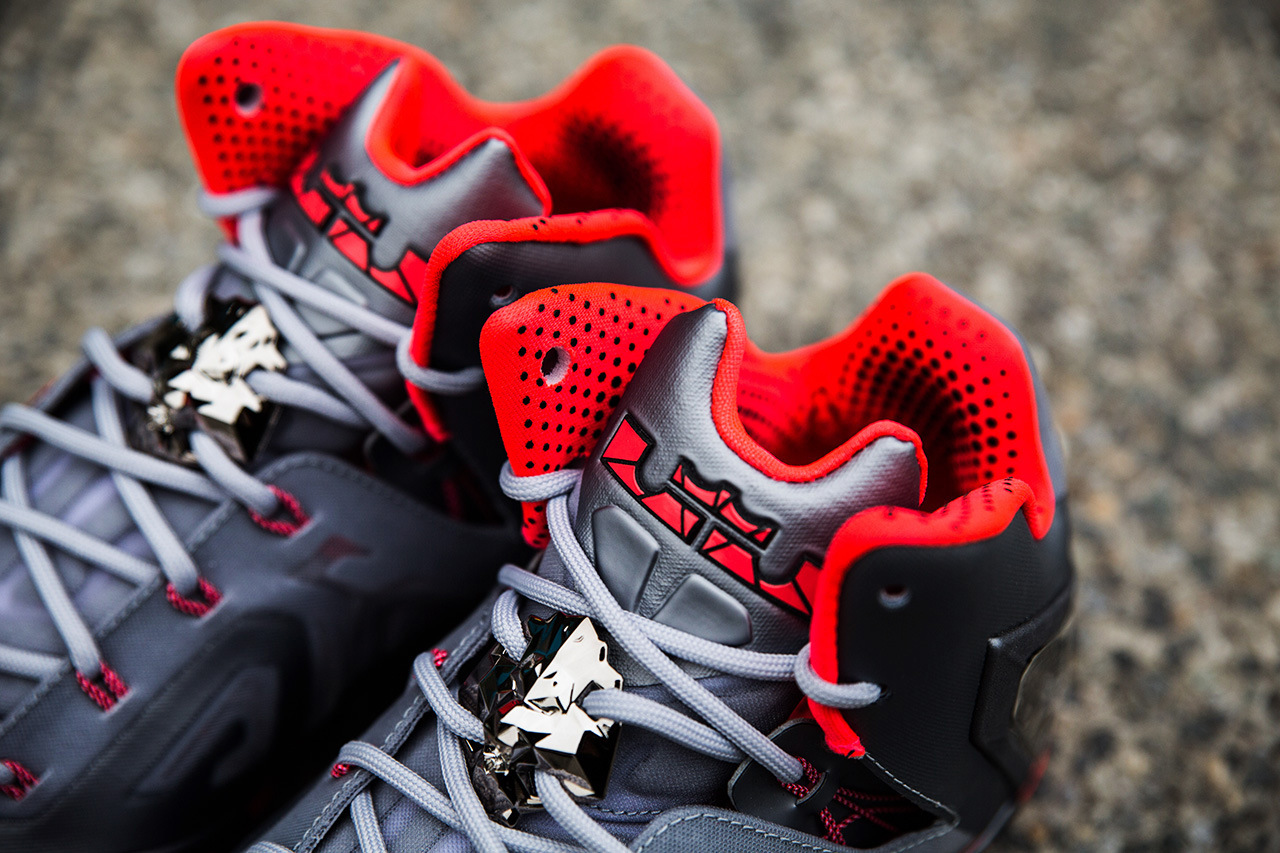a-closer-look-at-the-nike-lebron-11-elite-4