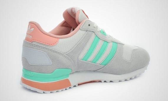 adidas-zx-700-womens-grey-turquoise-06