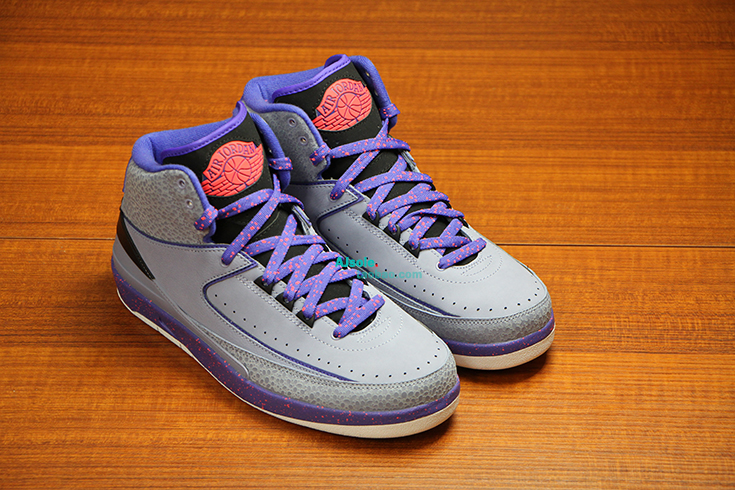 air-jordan-2-grey-safari-detailed-photos-3