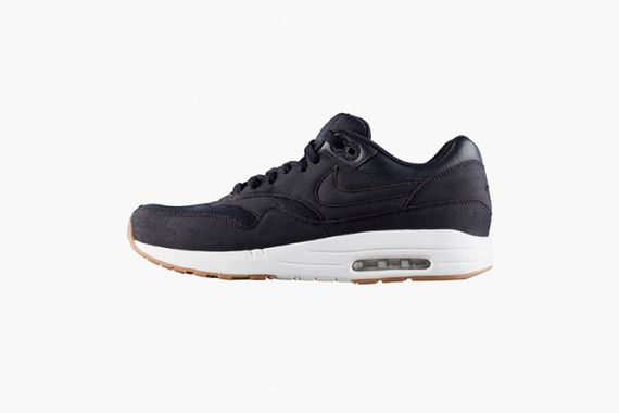 apc-nike-air-max-1-navy-spring-2014-1-630x420_result