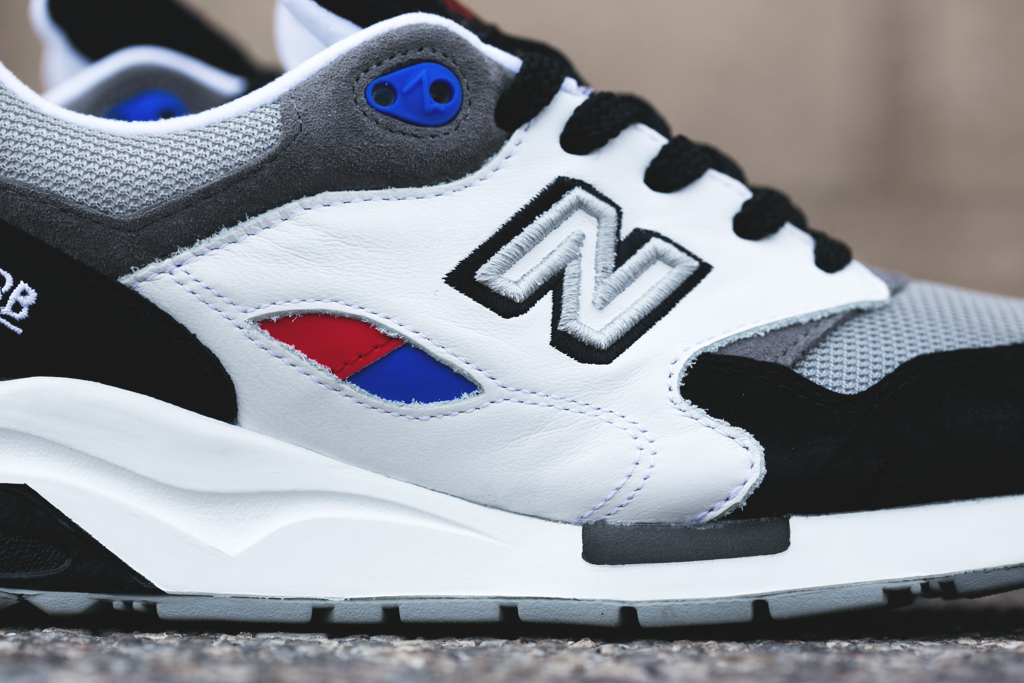 new-balance-feature-sneaker-boutique-6020