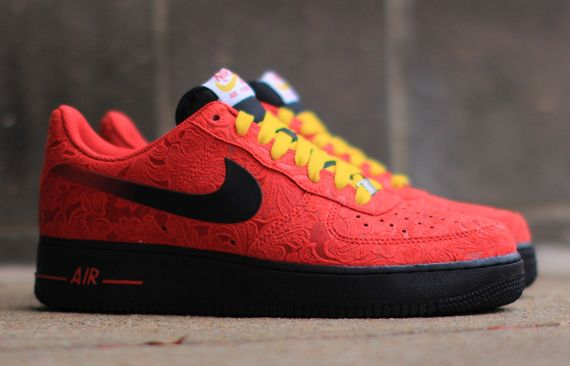 nike-air force 1 low-uni red paisley_02