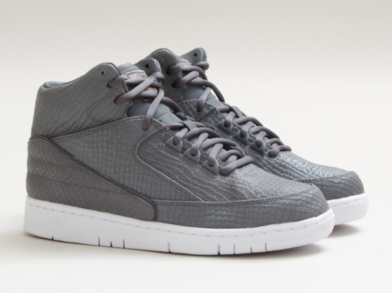 nike-air python-cool grey