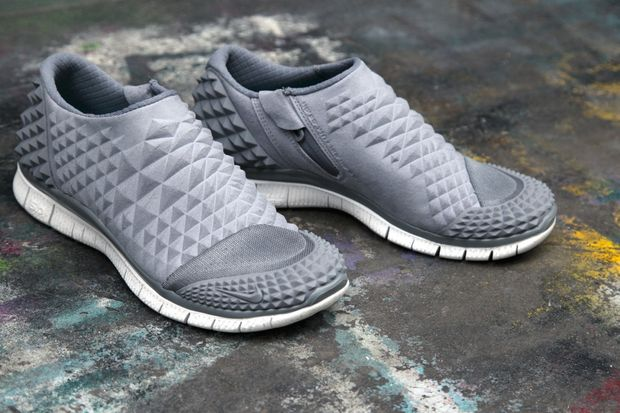 nike-free-orbit-ii-sp-grey-white-black-3