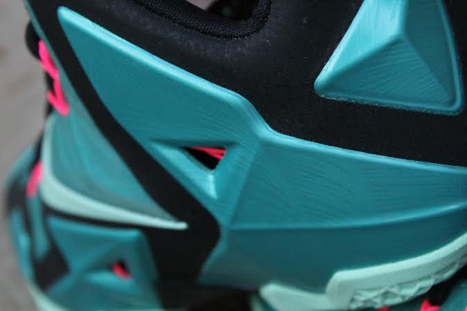 nike-lebron-11-south-beach-5