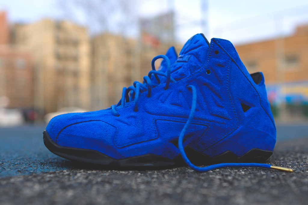 nike-lebron-11-xi-ext-blue-suede-5
