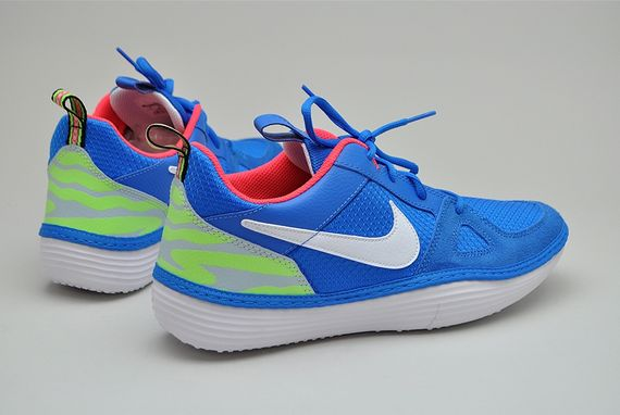 nike-solarsoft run-photo blue_04