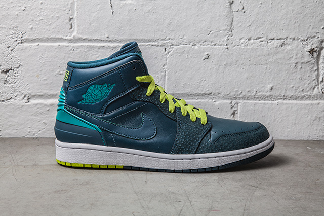 NIKE-AIR-JORDAN-1-RETRO-86-LUSH-TEAL-SAFARI