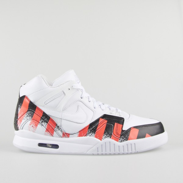 Nike-Air-Tech-Challenge-II-SP-621358-116-1-600x600