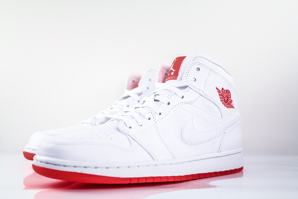 air-jordan-1-mid-premium-infrared-23-2
