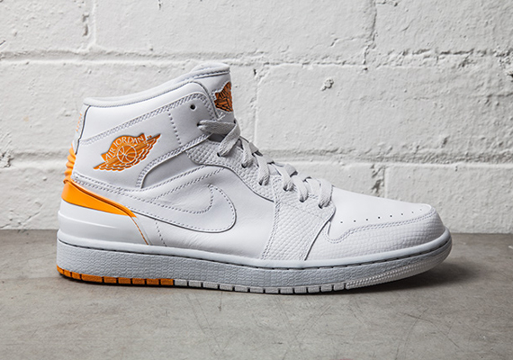 air-jordan-1-retro-86-kumquat-pure-platinum