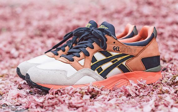 asics-ubiq-midnight bloom_03