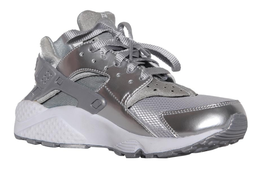 nike-air-huarache-metallic-silver-02