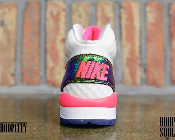 nike-air trainer sc-hyper punch
