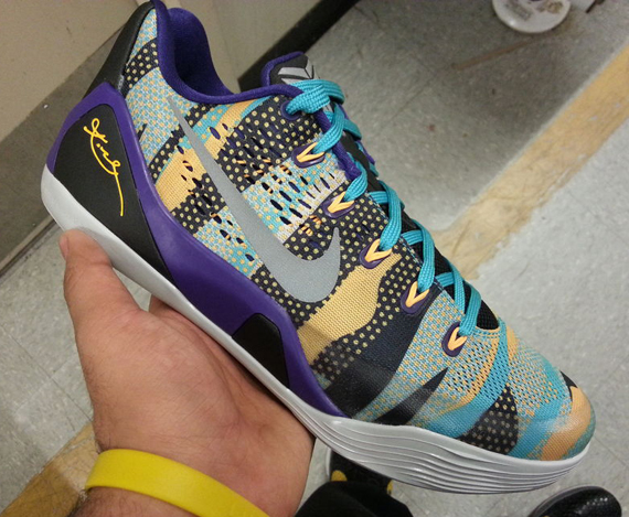 nike-kobe-9-em-unleashed-court-purple-atomic-mango-1