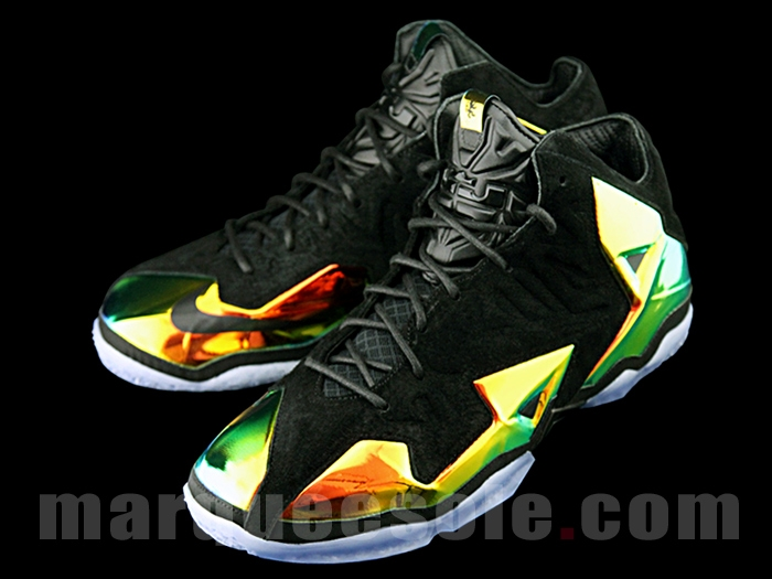 nike-lebron-11-ext-kings-crown-2