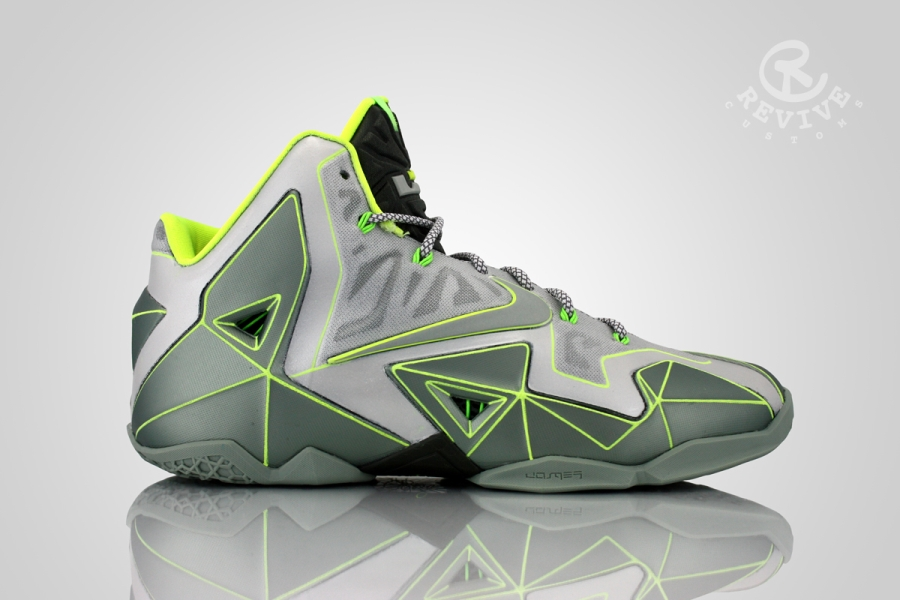 nike-lebron-11-vector-customs-01