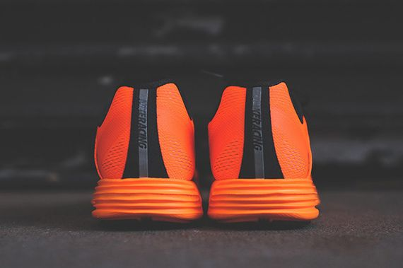 nike-lunaracer+-total orange_03