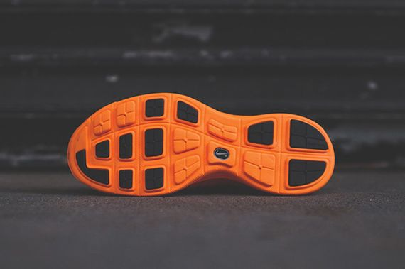 nike-lunaracer+-total orange_06