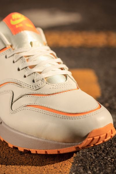 nike wmns-air max cut-atomic mango