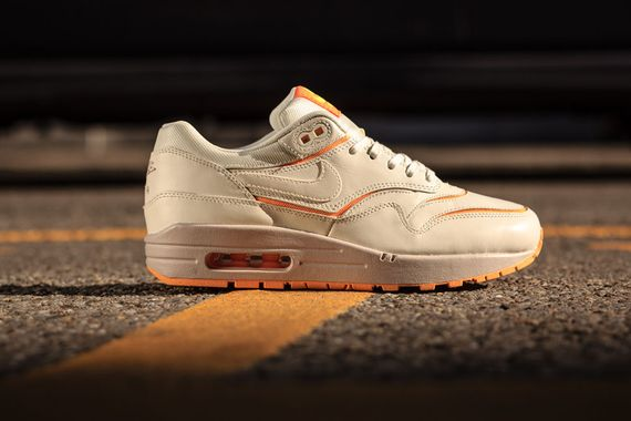 nike wmns-air max cut-atomic mango_03