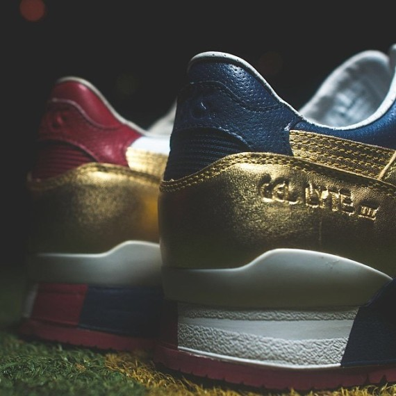 ronnie-fieg-asics-gel-lyte-iii-usa-kith-football-equipment-01-570x570