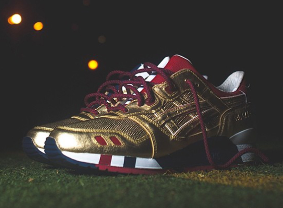 ronnie-fieg-asics-gel-lyte-iii-usa-kith-football-equipment