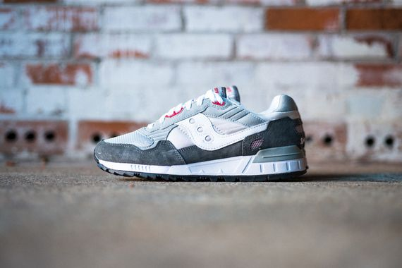 saucony-shadow 5000-grey