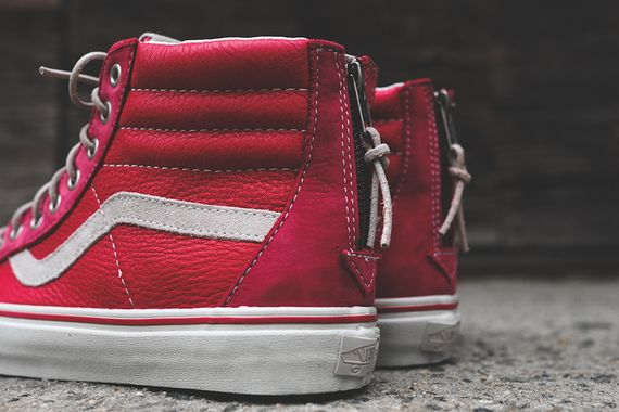 vans vault-red white-zip lx_07