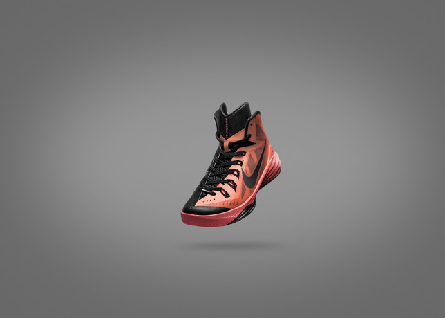 Fa14_SNP_BB_Lunar_Hyperdunk_Front_Angle_001_large