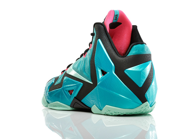 Lebron_11_Southbeach_330_3qtr_back_low_0054_FB_large